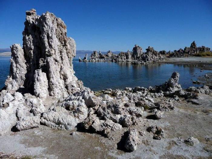 Озеро Моно (Каліфорнія, США)