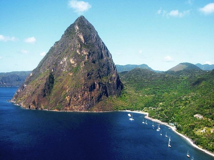Один з найкрасивіших островів в Карибському морі