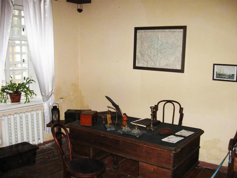 Кабінет поштаря у музеї «Ніжинська поштова станція»