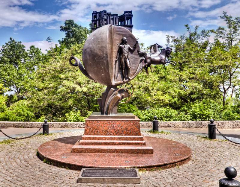 Пам'ятник апельсину в Одесі