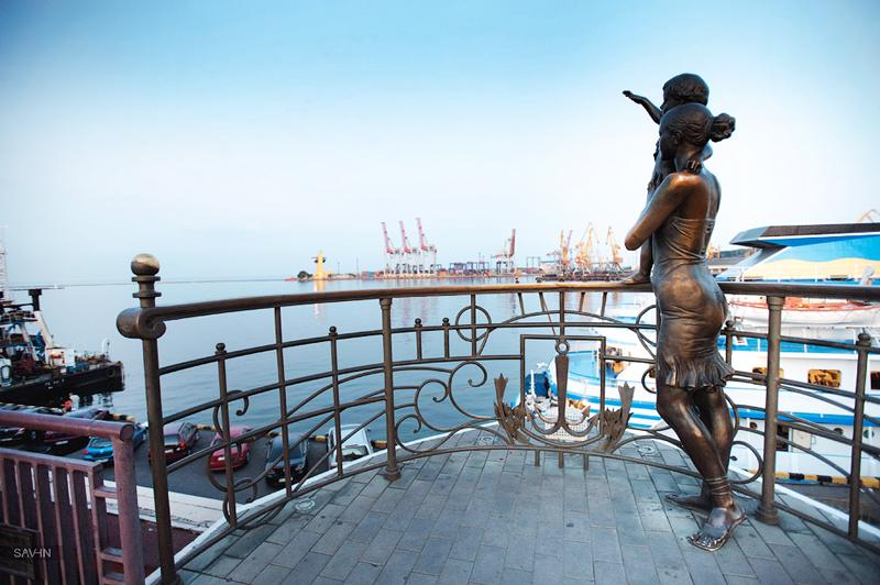 Пам'ятник дружині моряка в Одесі