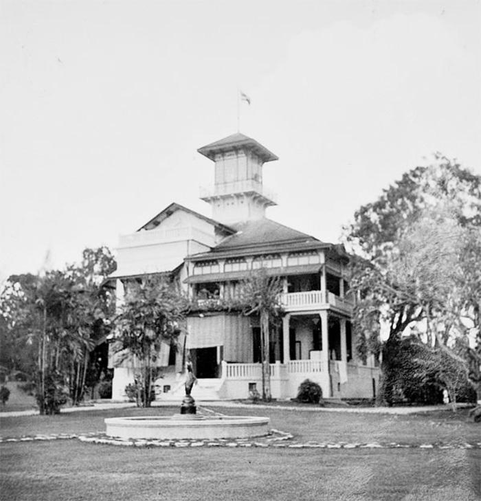 Палац Парускаван, Бангкок. Тут жили члени королівської родини — Чакрабонгсе, Катерина та їх син Чула