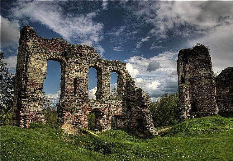 Бучацький замок — пам'ятка архітектури всеукраїнського значення, розташований у місті Бучач, Тернопільської області поблизу вулиці Замкової на помітному підвищенні.