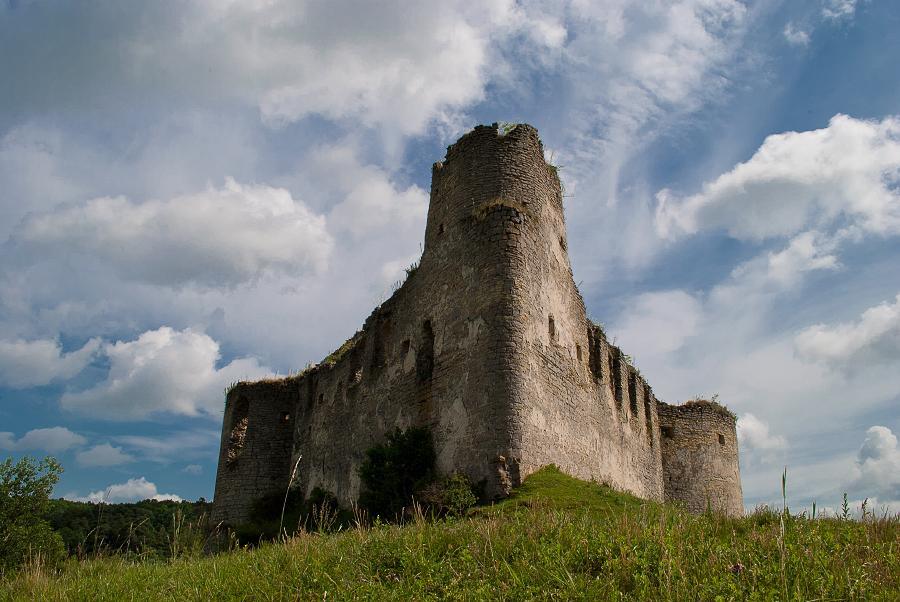 Сидорівський замок — оборонна споруда середини XVII ст., пам'ятка архітектури місцевого значення. Розташований в селі Сидорів Тернопільської області.