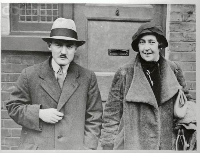 Агата Крісті з чоловіком, Максом Меллоуеном