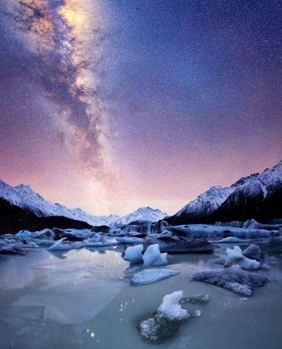 Складний долинний льодовик, найбільший в Новій Зеландії.