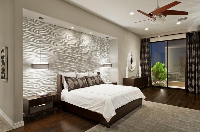 Найкраще практичне рішення створити світлий інтер'єр і незвично декорувати стіну.