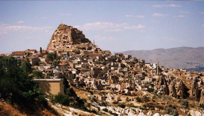 Підземне місто Дерінкую в провінції Каппадокія