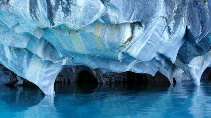 Заплутані лабіринти печер, які є найкрасивішими в світі, не залишать байдужим жодного мандрівника.