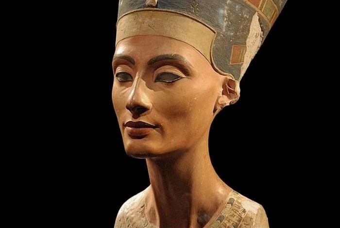 Не факт: мумія Нефертіті.